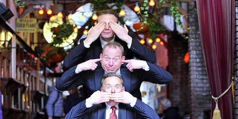 irish singing opera waiters